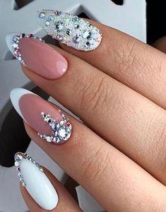 47 Creative Wedding Nails Ideas For Bride - Nails - Nageldesign Simple Wedding Nails, Wedding Nails For Bride, Wedding Nails Design, Bride Nails, Prom Nails, Bling Wedding Nails, Rhinestone Wedding, Weding Nails, Wedding Manicure