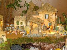 La crèche de Michèle Miniatures, Painting, Photos, Art, World, Nativity Scenes, French People, Shed, Homes