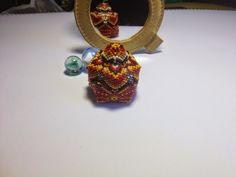 miniature beaded box in peyote stitch_zia lola beads it