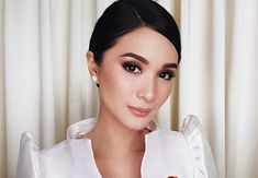 6 Times Heart Evangelista Wore A Terno And Slayed Modern Filipiniana Gown, Heart Evangelista, Filipino Fashion, Grad Dresses, Fashion Images, How To Look Classy, Formal Wear, Star Fashion, Wedding Makeup