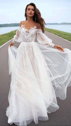 Slit Wedding Dress, Wedding Dress Gallery, Bohemian Wedding Dresses, Dream Wedding Dresses, Wedding Gowns, Boho Bride, Wedding Bells, Lace Wedding, Stunning Prom Dresses