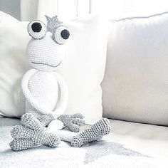 Prince Froggy White and Silver