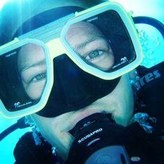Underwater #selfie !!! Happy #scubadiving on the #greatbarrierreef as beautiful as ever! #thisisqueensland #australia #missionbeach #jackaroohostelmb #padi by mission_beach_dive http://ift.tt/1UokkV2