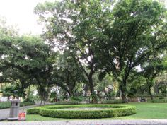 After Christmas day, we needed to do some workout. While still having the atmosphere of Christmas, we decided to do outdoor activities. So, we jogged to three city parks in Jakarta, They are Taman …
