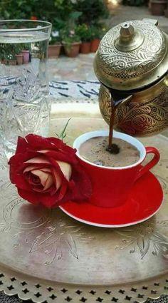 Ja sam to što jesam Brown Coffee, I Love Coffee, Coffee Set, Coffee Cafe, V60 Coffee, Coffee Break, Coffee Drinks, Pause Café, Good Morning Coffee