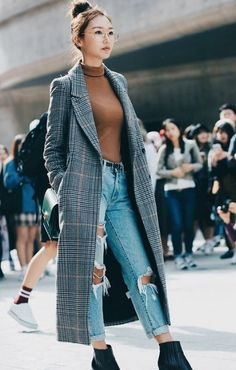 Top 40 Street Style from Seoul Fashion Week - straßemode - Mens, Women's Outfits Seoul Fashion, Fashion Mode, Korea Fashion, Fashion Week, Asian Fashion, Look Fashion, Unique Fashion, Trendy Fashion, Fashion 2018
