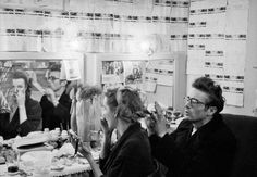 James Dean visiting his friend Geraldine Page in her dressing room at the Cort Theater in New York where she was appearing in The Rainmaker, photographed by Dennis Stock. Hollywood Icons, Old Hollywood, Classic Hollywood, Hollywood Stars, Hollywood Actresses, Geraldine Page, Dennis Stock, James Dean Photos, East Of Eden