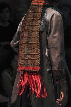 Prada Fall 2017 Ready-to-Wear Fashion Show Details