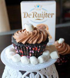 S'mores Cake + Cupcakes