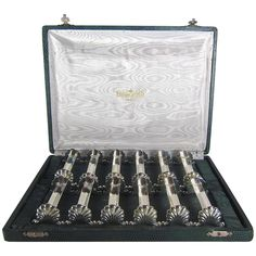Ravinet d'Enfert Boxed Set of 12 French Knife Rests   From a unique collection of antique and modern sheffield and silverplate at https://www.1stdibs.com/furniture/dining-entertaining/sheffield-silverplate/
