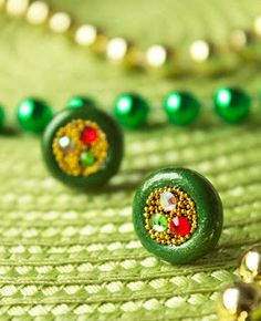 Quiet Lion Creations: St. Patrick's Day: Pot 'O Gold Earring Tutorial