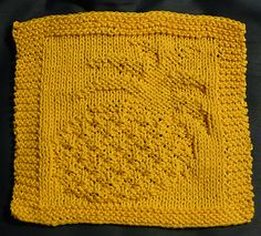 This is my first dish cloth design. I hope you enjoy knitting it!