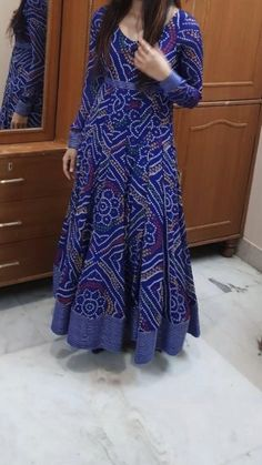 Indian Gowns Dresses, Indian Fashion Dresses, Indian Designer Outfits, Indian Outfits, Designer Dresses, Fashion Skirts, Fashion Outfits, Salwar Designs, Kurta Designs Women