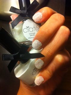 you can also do the caviar mani by just getting small round beads at michaels....no need for the fancy kit!