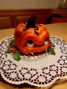Pumpkin Carving, Art, Pies, Art Background, Kunst, Pumpkin Carvings, Performing Arts, Art Education Resources, Artworks