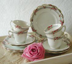 Wellington China Teacups Art deco teacups by VerasTreasures, £18.00