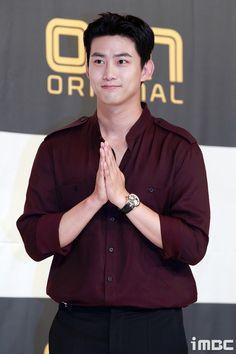 korean actors older Jay Park, Bring It On Ghost, Lets Fight Ghost, Handsome Korean Actors, Men Handsome, Disney World Pictures, Korean Star, Kdrama Actors, Kpop