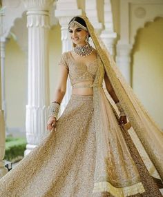 Looking for Bridal Lehenga for your wedding ? Dulhaniyaa curated the list of Best Bridal Wear Store with variety of Bridal Lehenga with their prices Golden Bridal Lehenga, Wedding Lehnga, Muslim Wedding Dresses, Indian Bridal Lehenga, Indian Bridal Outfits, Indian Bridal Fashion, Indian Bridal Wear, Indian Designer Outfits, Desi Wedding