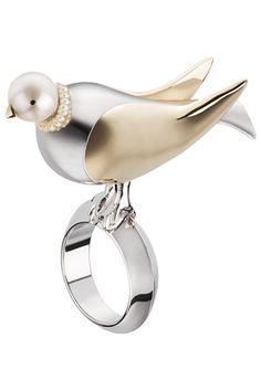 Сорока-воровка:Кольцо из осенне-зимней коллекции Dior