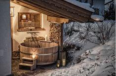 ❤️ Vier de liefde in de sneeuw 💙 Verblijf tijdens je wintersport in dit romantische chalet met privé-sauna en hottub. En je kunt ook lekker genieten voor de open haard. Heerlijk toch? 😍☃️