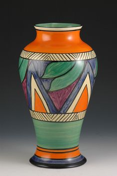 Clarice Cliff Double''V'' Vase - Meiping Pattern marked - 1929 | House of Beccaria#