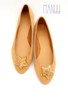 Multicolor stars shoe clips Manuu multicolor shoe by ManuuDesigns