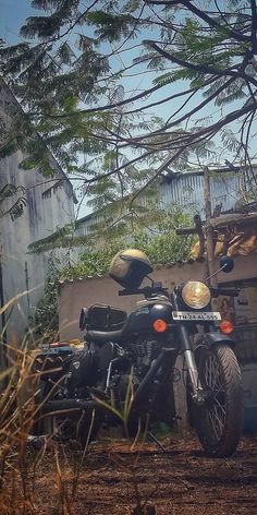 Enfield Bike, Enfield Motorcycle, Royal Enfield Thunderbird 350, Royal Enfield Classic 350cc, Royal Enfield Wallpapers, Bullet Bike Royal Enfield, Royal Enfield Modified, Background Images For Editing, Motorcycle Photography