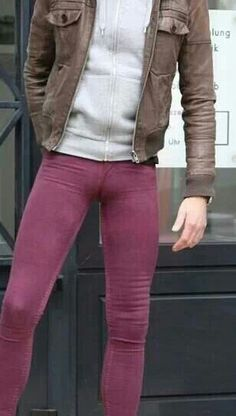 Red hot jeans bulge