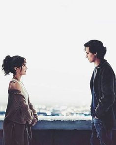 five feet apart movie The way they look at each ot - movie Romance Movies Best, Romantic Movies, Movie Couples, Cute Couples, Cole M Sprouse, Gorgeous Movie, Beautiful, Haley Lu Richardson, Funny Movies