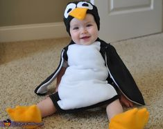 Easy homemade costumes for baby's first Halloween. All the creative costume ideas for babies from our online Halloween costume contest. Baby Penguin Costume, Penguin Halloween Costume, Cute Baby Costumes, Halloween Bebes, Halloween Costumes Online, Baby First Halloween, Up Costumes, Halloween Costume Contest, Penguin Baby
