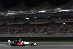 Live Formula 1 Abu Dhabi Grand Prix 2015  Sky Sports Live http://www.formula1online.net/ 2015 FORMULA 1 ETIHAD AIRWAYS ABU DHABI GRAND PRIX is the Middle East's biggest international sporting event. Bigger than ever before Yas Marina Circuit Taking place on the 27, 28, 29 November