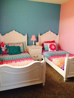 Najarian Furniture Duchess Twin Bed - White - Najarian Furniture ...