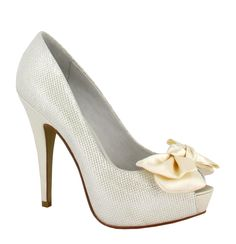 Clarisa de Menbur #LosZapatosDeTuBoda #ZapatosDeNovia #BridalShoes #PeepToe