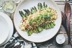 Asparagus and creamy lemon quinoa