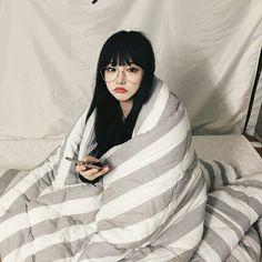 ˚✧ Ulzzang Girls ✧˚.* uploaded by Haruka on We Heart It Ulzzang Korean Girl, Cute Korean Girl, Ulzzang Couple, Asian Girl, Korean Beauty, Asian Beauty, Model Tips, Korean Photo, Uzzlang Girl