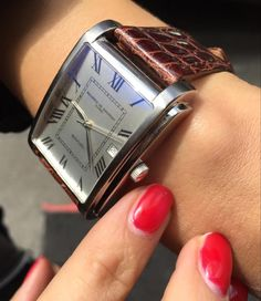 Arco watches for women from Maurice de Mauriac, Swiss hand crafted watches. Watches for men and women. http://mauricedemauriac.ch/
