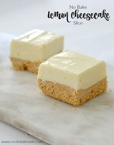 This no bake Lemon Cheesecake Slice has become one of my favourite recipes as it's soooo easy to make (both conventionally and using a Thermomix) and it tastes amazing! Keto Cheesecake, No Bake Lemon Cheesecake, No Bake Lemon Slice, Thermomix Cheesecake, Lemon Coconut Slice, Raspberry Cheesecake, No Bake Desserts, Dessert Recipes, No Bake Slices