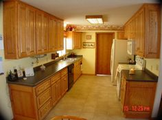 Remodeling a Galley Kitchen Design Ideas itchen is tricky.