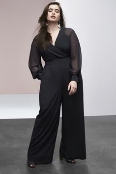 Cool news! Who is ready to shop? Here is your first look at The Prabal Gurung x Lane Bryant Spring 2017 collection available February 27th in stores at Lane Bryant!  This plus size jumpsuit from Lane Bryant's latest collection for Spring 2017 is perfect for any occasion.  First Look: Prabal Gurung x Lane Bryant Spring 2017 Collection http://thecurvyfashionista.com/2017/02/prabal-gurung-x-lane-bryant/