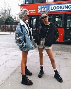 Images and videos of fashion Casual autumn outfit spring outfit summer Casual Summer Outfits autumn Casual fashion images Outfit spring Summer videos Casual Fall Outfits, Summer Fashion Outfits, Edgy Outfits, Spring Outfits, Travel Outfits, Indie Fall Outfits, Teen Outfits, Fashion Dresses, Street Style Outfits