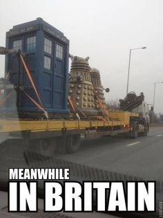 Meanwhile in Britain. Daleks and the Tardis. Doctor Who The Doctor, Serie Doctor, Tenth Doctor, Doctor Who Meme, Dr Who, Torchwood, David Tennant, Meanwhile In, Vanellope