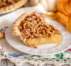 My Faux Pecan Pie is a taste twin to the classic pecan pie but safe for families who have someone with a nut allergy. Great addition to your holiday menu! No Bake Desserts, Just Desserts, Dessert Recipes, Recipes Dinner, Mint Chocolate Chips, Pie Cake, Pie Dessert, Sweet Bread, Sweet Recipes