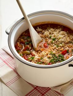 Perfect one-pot meal for Phase 1 that your whole family will love! Tastes exactly like homemade stuffed peppers, but easier. Put this one in the regular rotation.
