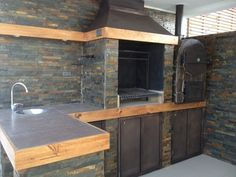 Pergola With Retractable Canopy Kit Outdoor Kitchen Patio, Bbq Kitchen, Outdoor Kitchen Design, Outdoor Living, Pergola Decorations, Diy Pergola, Decoration Table, Gazebo, Design Barbecue