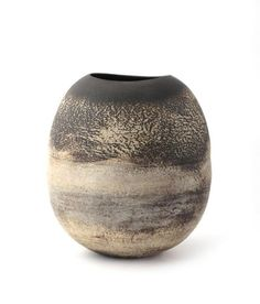 Hans Coper (1920-1981) - stoneware vase.