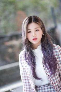 IZ*ONE Wonyoung mini album & promotion photoshoot by Naver x Dispatch. Kpop Girl Groups, Korean Girl Groups, Kpop Girls, Yuri, Japanese Girl Group, Soyeon, The Wiz, Beautiful Asian Girls, Ulzzang Girl