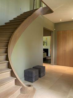 Escalier sans rampe
