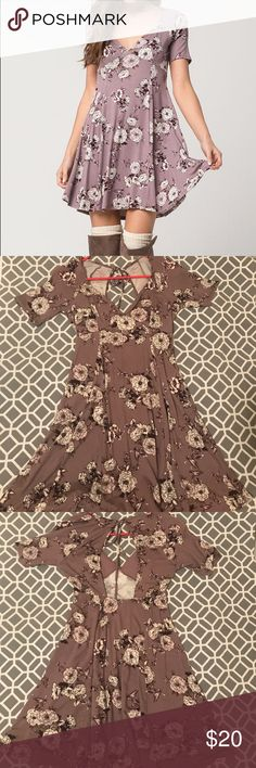 Socialite Sketched Floral Cutout Dress Great condition! Worn twice. No pilling, no tears, no problems. Fabric is very soft and stretchy. Size is xs but can fit a xs or small Socialite Dresses