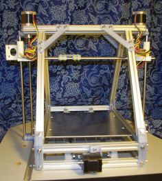 Extremely rigid Mendel using cheap extruded t-slot aluminum rails.