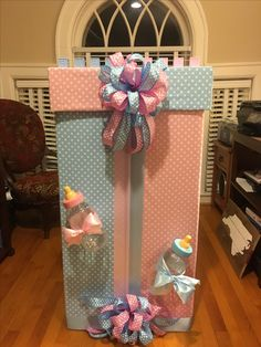 Gender Reveal Gifts, Gender Reveal Decorations, Baby Gender Reveal Party, Balloon Decorations, Themed Parties, Party Themes, My Bebe, Reveal Parties, Family Goals
